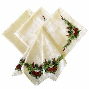4 Packs Of Benson Mills Christmas Napkins